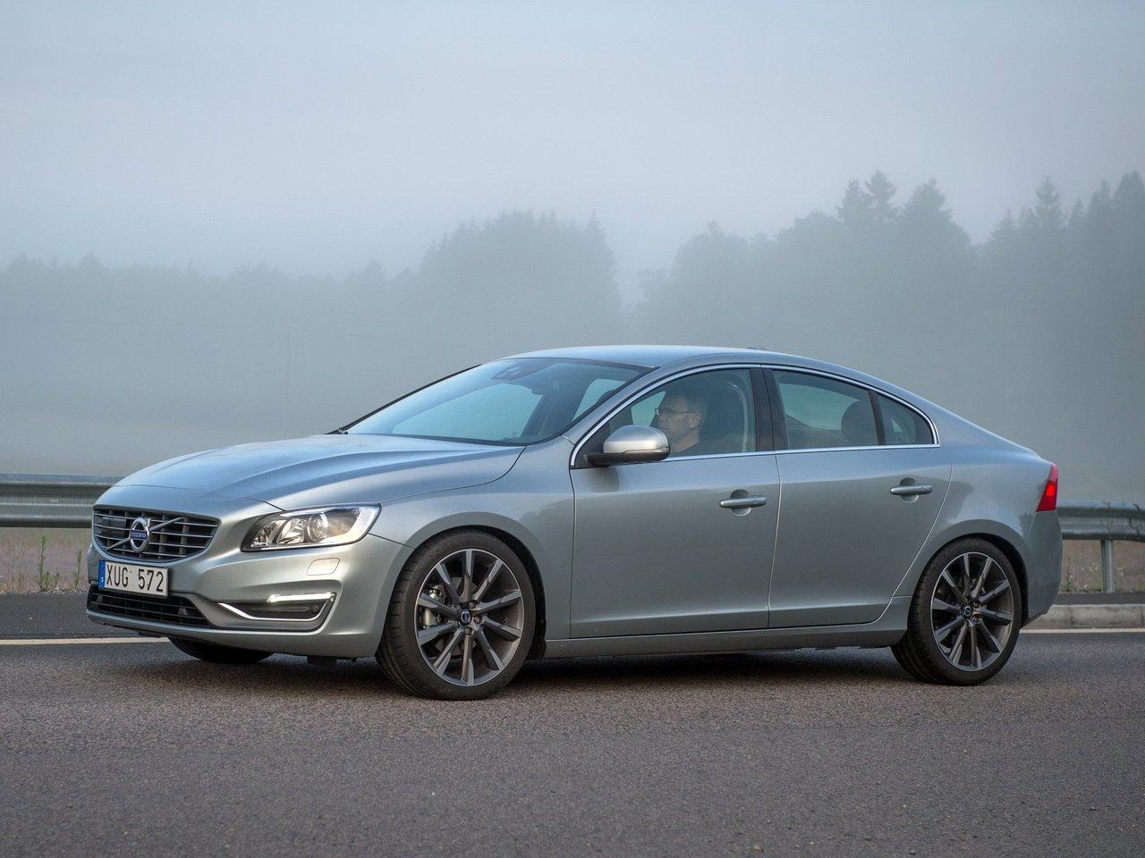 Снимки: Volvo S60 II