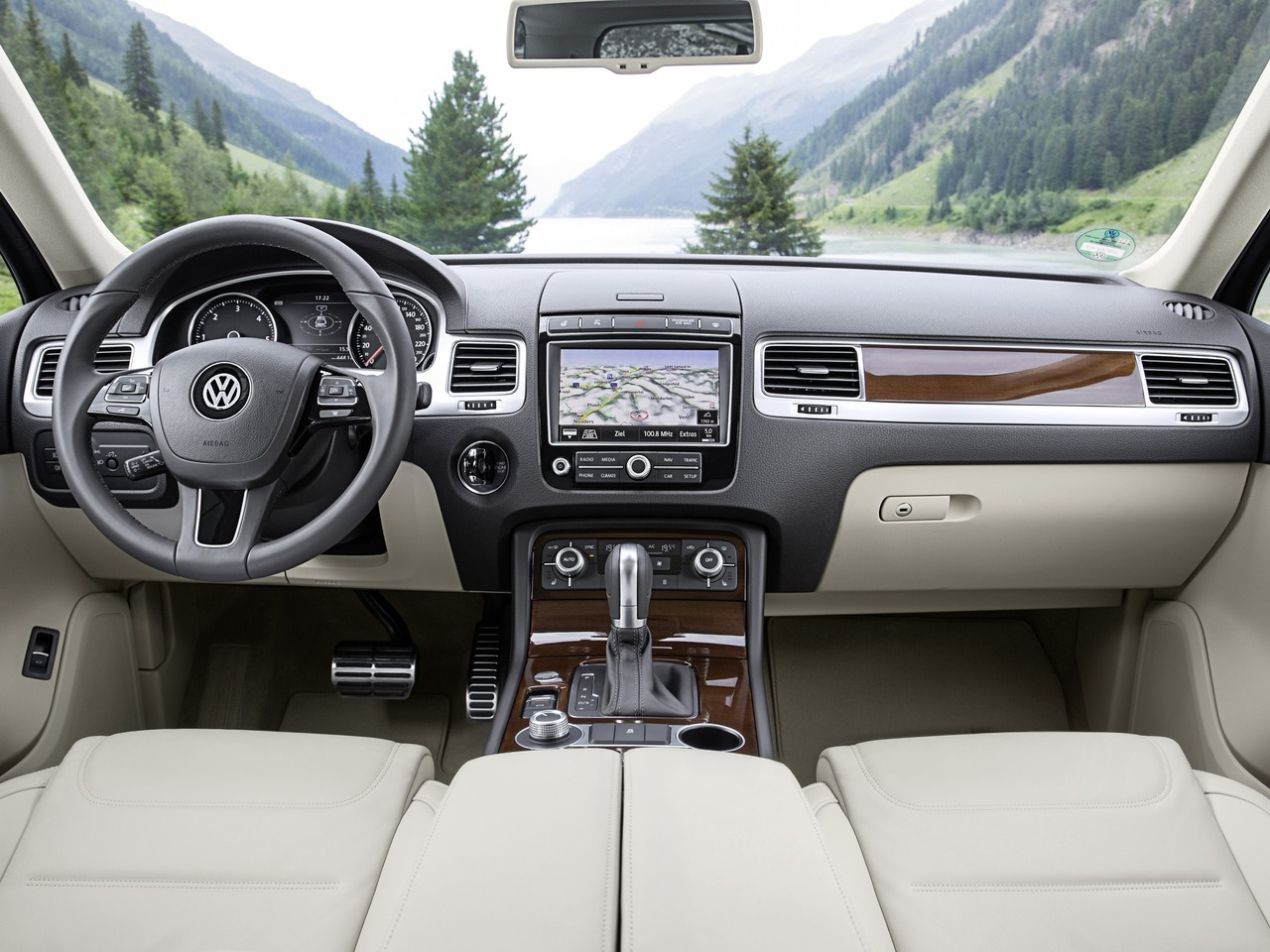 Снимки: Volkswagen Touareg II Facelift