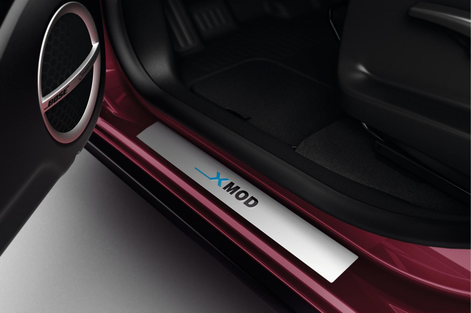 Renault изкара новият си семеен кросоувър - Scenic XMOD