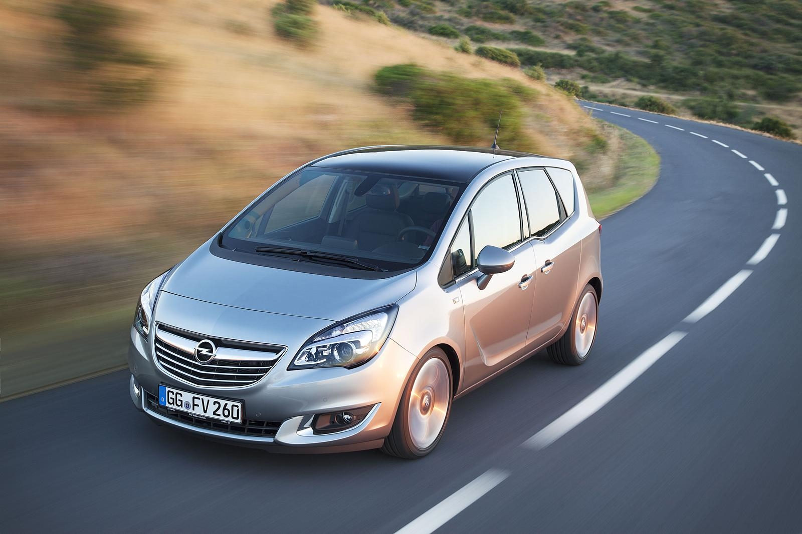 Обновеният Opel Meriva на пазара от началото на 2014 г.