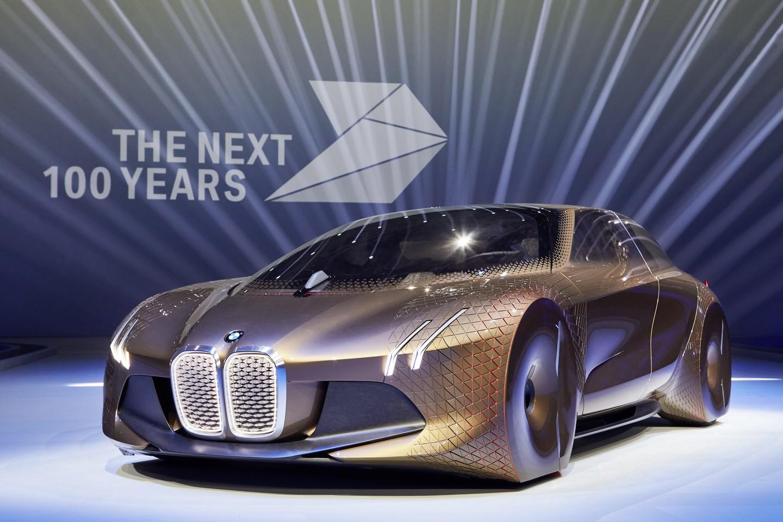 Галерия - BMW празнува 100 години с Vision Next 100 (ВИДЕО + СНИМКИ)