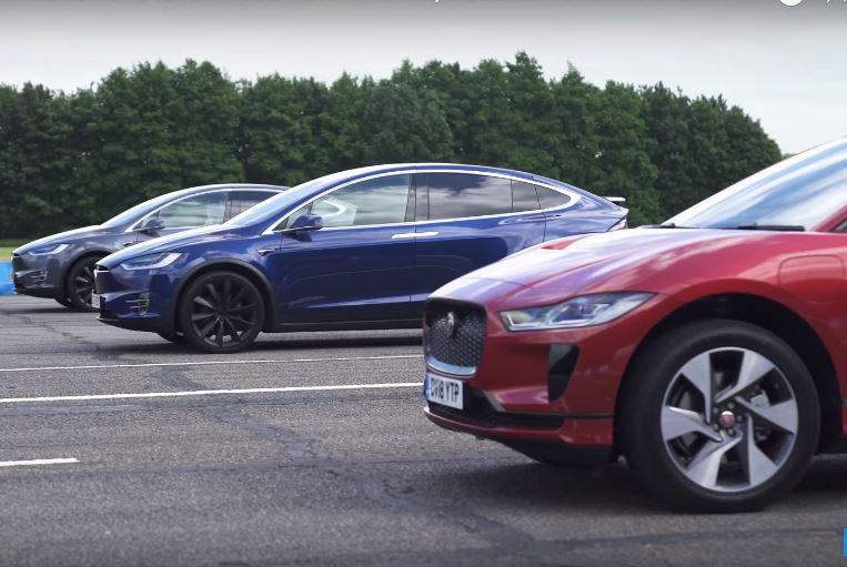 Галерия - (ВИДЕО) Електрическият i-Pace се Изправя Срещу Model X!