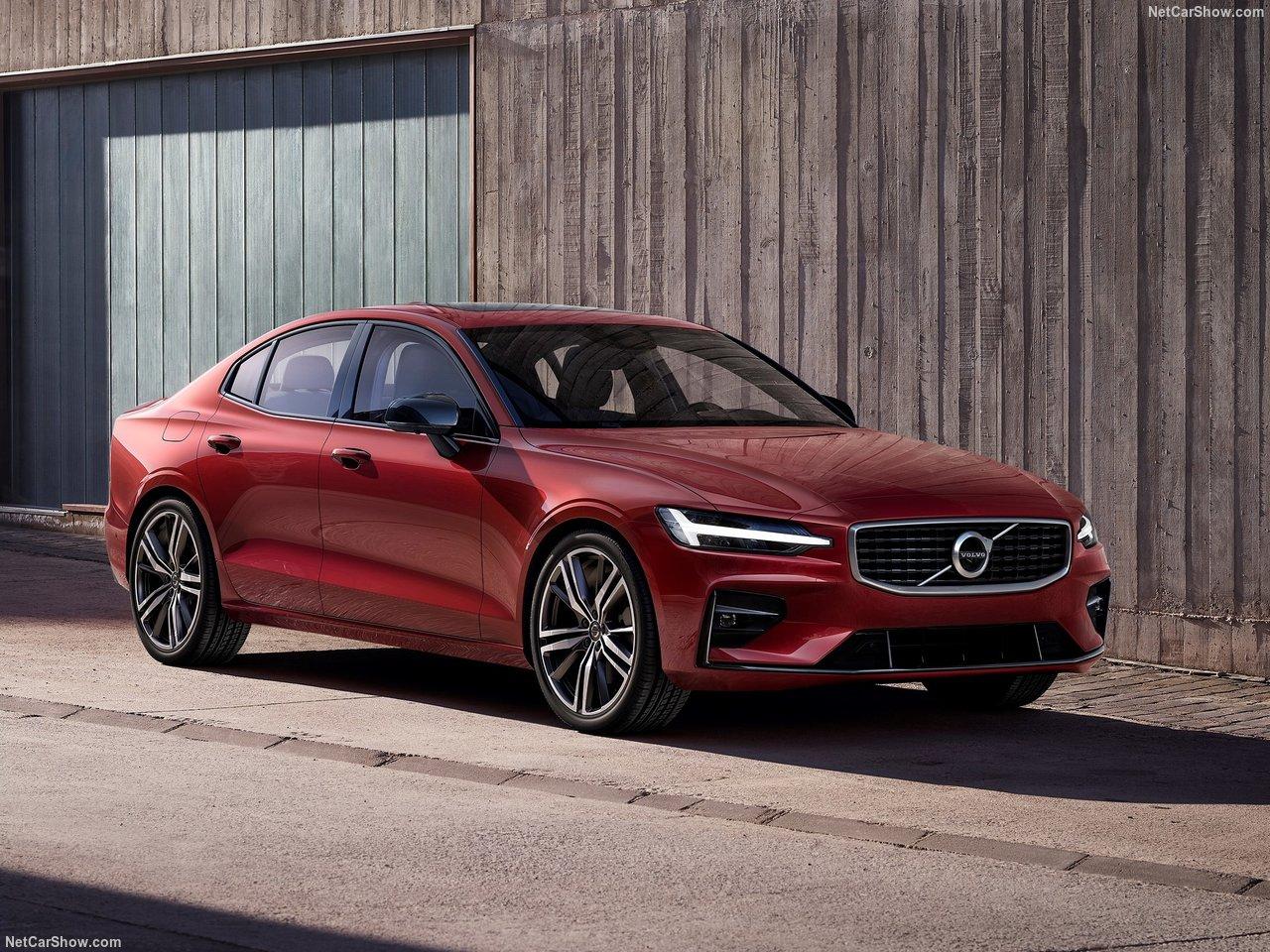 Новото Volvo S60 е Почти Тук!