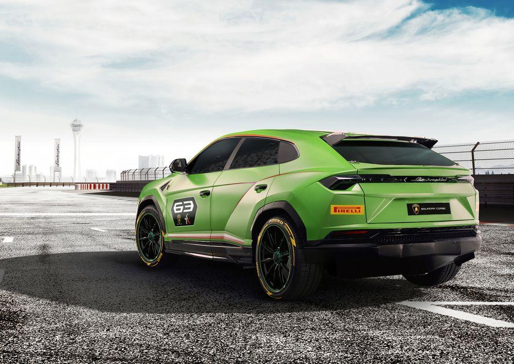 Lamborghini Отива на Rallycross с Новия Urus!