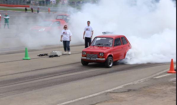 Галерия - (ВИДЕО) Див Полски Фиат с LS V8 Прави 400 Метра!
