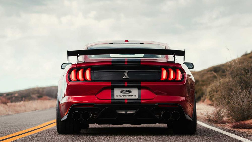 Mustang GT500 Иска да Схруска Hellcat за Закуска с 700+ Коня!