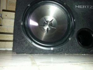 offer-CLARION BASS